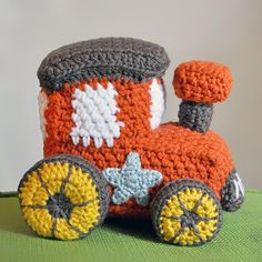 Little toy train - Free amigurumi pattern