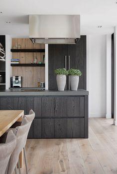 Kitchen Room Design, Modern Kitchen Design, Hidden Kitchen, Rustic Interiors, Rustic Kitchen, Home Accents, Minimalist Design, Home Kitchens, Sweet Home