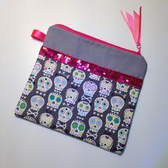 Pochette de rangement rose grise et tête de mort : Trousses par latelierdeloulou