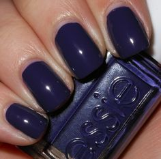 *Essie - No More Film (Resort 2012 Collection) / ImperfectlyPainted