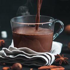 Good Morning Breakfast, Breakfast Tea, Food Photography Tips, Coffee Photography, Coffee Cafe, Coffee Drinks, Good Morning Coffee Images, Coffee Milkshake, Coffee Mug Quotes