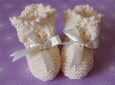 Ivory Booties Cream Baby Booties Traditional by Pinknitting Knitted Booties, Baby Booties, Baby Shoes, Lacy Tops, Baptism Gifts, Pretty Baby, Baby Feet, New Baby Gifts, Hand Knitting