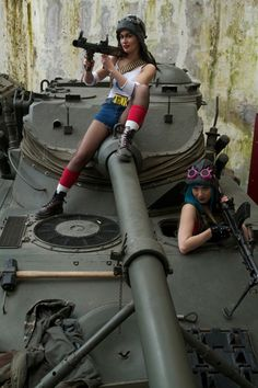 Tank Girl And Jet Girl Are Ready For Battle [Cosplay]