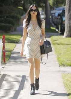 Jessica Gomes Spring Outfit Ideas in Beverly Hills - Celebs Style Fashion All Fashion, Boho Fashion, Fashion Beauty, Fashion Outfits, Jessica Gomes, Spring Outfits, Celebrity Style, Street Wear, Bodycon Dress