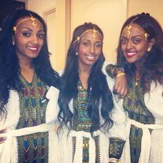 Ethiopian people are so beautiful. Ethiopian Braids, Ethiopian People, Ethiopian Dress, African Beauty, African Women, African Fashion, African Style, Beautiful Black Women, Beautiful People