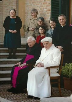 Pope Emeritus Benedict XVI, and his elder brother, Father Georg Ratzinger.