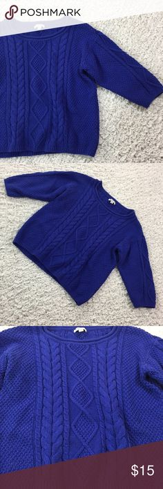 I Love H81 cable knit 3/4 sleeve sweater cobalt S Beautiful cobalt blue. 3/4 sleeve chunky cable knit sweater. Great for chilly spring days! Gently used. Approximate flat measurements: chest 17in, length 19in. I Love H81 Sweaters Crew & Scoop Necks