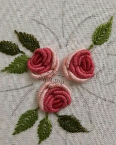 Getting to Know Brazilian Embroidery - Embroidery Patterns - rosas - Bullion Embroidery, Brazilian Embroidery Stitches, Embroidery Stitches Tutorial, Embroidery Flowers Pattern, Crewel Embroidery, Hand Embroidery Designs, Ribbon Embroidery, Cross Stitch Embroidery, Embroidery Tattoo