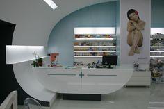 MAGNA R+R skincare & cosmetics by dedesign, Timisoara Romania store design
