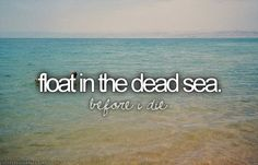Floter sur la mer morte