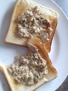 A quick & yummy lunch idea - 1 sml tin tuna in springwater drained well, 1 tbsp sour cream, 25 g grated cheese & 1 tspn YIAH guacamole dip mix - heat up in microwave & serve on hot toast - yummy!