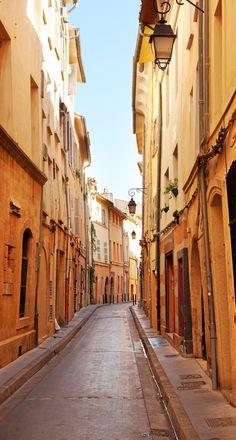 Les ruelles paisibles d'Aix-en-Provence