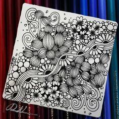 Zentangle 093016. Kunstwerk von Rebecca Kuan - #rebeccasecretbox Willkommen meine FB-Seite zu besuchen: http://www.facebook.com/Rebecca.Zentanglebox/ #zentangle #zendoodle #doodle #doodleart #draw #drawing #tangle #Art #artwork # Skizze #blackandwhite ...: