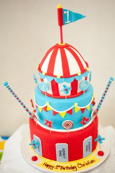 Want an idea that is fun for a range of ages? You won't go wrong serving Circus Party Cakes at a Big Top Celebration! Carnival Cupcakes, Circus Carnival Party, Carnival Birthday Parties, Circus Birthday, Birthday Party Themes, Birthday Cake, Birthday Ideas, Circus Wedding, Circus Theme