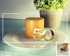 Destapador 50 Años: Hermoso #recuerdito, destapador en color #dorado, para celebrar #50años de #matrimonio o el cumpleaños de esa persona tan especial. #BodasDeOro #Cumpleaños #Aniversario.  Envíos a todo #México  UnRecuerdo.com