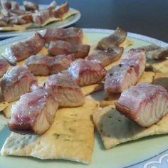 レシピとお料理がひらめくSnapDish - 46件のもぐもぐ - Smoked Swedish eel on Italian biscuits by Frank & Jolanda