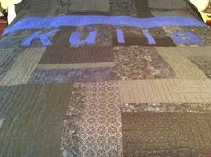 Police officers quilt Longarm Quilting, Free Motion Quilting, Gifts For Cops, Police Officer, Quilts, Blanket, Quilt Sets, Blankets, Log Cabin Quilts