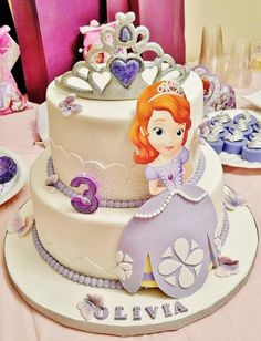 Sofia The First  - Cake by Enza - Sweet-E