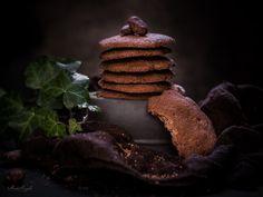 Μπισκότα σοκολάτας! Chocolate Cookies, Chocolate Recipes, Paleo Recipes, Snack Recipes, Dairy Free, Gluten Free, Paleo Sweets, Breakfast Snacks, Sugar Free