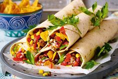 Our popular recipe for hot Mexico wraps and more than other free recipes on LECKER. Our popular recipe for hot Mexico wraps and more than other free recipes on LECKER. Yummy Food, Tasty, Popular Recipes, Free Recipes, Food Items, A Food, Spicy, Veggies, Stuffed Peppers