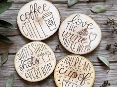 Wood Projects Personalize your home and make thoughtful gifts with these amazing wood burning ideas that you can do yourself! - Personalize your home and make thoughtful gifts with these amazing wood burning ideas that you can do yourself! Wood Burning Crafts, Wood Burning Patterns, Wood Burning Art, Wood Burning Projects, Wood Projects For Beginners, Diy Wood Projects, Wood Crafts, Art Projects, Easy Woodworking Projects