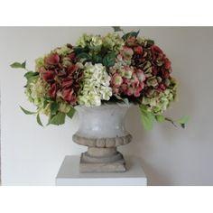 vaas met zijde bloemen