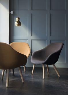 Mid Century Furniture for Modern Apartment - The Urban Interior Interior Desing, Interior Inspiration, Interior Architecture, Interior Ideas, Furniture Inspiration, Modern Furniture, Home Furniture, Furniture Design, Modern Chairs