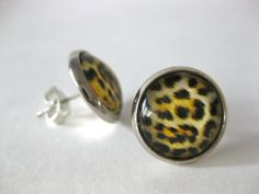 Pendientes leopardo de Cruca. 10€