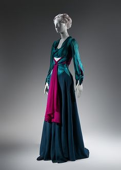 Dinner dress (image 2) | Charles James | American | 1941 | silk | Brooklyn Museum Costume Collection at The Metropolitan Museum of Art | Accession Number: 2009.300.1359