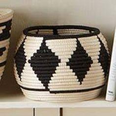 Black and White Hand Woven Sisal Leaf and Thread Basket with Diamond Pattern from Rwanda Basket Weaving, Hand Weaving, Baskets On Wall, Woven Baskets, Crochet Baskets, Storage Baskets, Pine Needle Baskets, Basket Crafts, Yarn Bowl