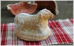 Voici une recette alsacienne incontournable pour Pâques : l'agneau pascal ! Pâques approchant, ces agneaux de Pâques font leur apparition sur tous les étals de boulangerie. Traditionnellement, l'agneau pascal s'offrait le dimanche matin de Pâques aux enfants. Mais je... #alsace #biscuit #gâteaux