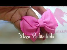 Laço Alena - YouTube Diy Bow, Diy Ribbon, Ribbon Bows, Ribbons, Dog Hair Bows, Girl Hair Bows, Baby Girl Bows, Girls Bows, Fabric Bows