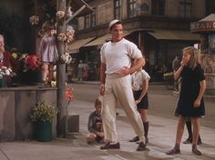 An American in Paris- Gene Kelly, Leslie Caron 1951 Hollywood Actor, Classic Hollywood, Hollywood Regency, Old Movies, Great Movies, Paris Movie, Divas, Donald O'connor, An American In Paris