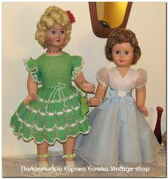 2 Ιταλικές κούκλες καναπέ. Η μία έχει πλεκτό φόρεμα η άλλη τουαλέτα.