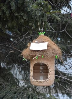 Best 12 recycled crafts for kids and adults, handmade bird feeders recycling plastic bottles – SkillOfKing. Bird Feeder Craft, Birdhouse Craft, Bird House Feeder, Recycled Crafts Kids, Crafts For Kids, Plastic Container Crafts, Homemade Bird Feeders, Earth Day Crafts, Plastic Bottle Crafts