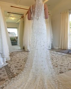 Beaded beautiful veil, stunning with a simple wedding dress! #veil #bridetobe #weddinginspo