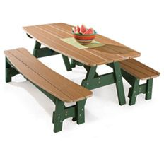 DIY Landscaping & Garden, Woodworking Plans & Projects - Picnic Table Project Plan how nice.Loving the color and varnish Outside Furniture, Diy Outdoor Furniture, Diy Furniture, Backyard Projects, Outdoor Projects, Home Projects, Build A Picnic Table, Picnic Tables, Ideas Hogar