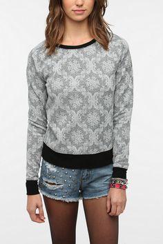 I have a similar sweatshirt and I LOVE it!