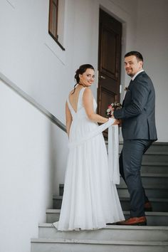 Top Wedding Trends, Formal Dresses, Wedding Dresses, Bridesmaid Gifts, Wedding Accessories, Wedding Ceremony, Photographers, Wedding Decorations, Wedding Inspiration