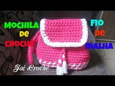 Mochila de Crochê da Moda - Parte final - YouTube Crochet Backpack, Backpack Pattern, Crochet For Kids, Crochet Baby, Crochet Designs, Crochet Patterns, Handmade Kids Bags, Pretty Backpacks, Diy Tumblr