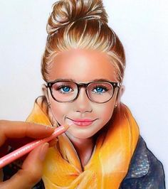 Natalia Vasilyeva, fully using colored pencils to draw pictures,, let take a look of some of her colour pencils artworks in the following article.