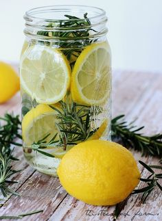 Love this idea of using fresh herbs, lemons & your stove to make your own personalized scents! Spring smelling home by  @Thistlewood Farm