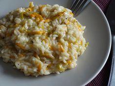 Prepariamo insieme il risotto ai fiori di zucca, dolce e irresistibile, non potrete più farne a meno! Venite a leggere la mia ricetta! :)