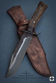 Forging Knives, Bushcraft Knives, Swords And Daggers, Knives And Swords, Bowie Messer, Best Pocket Knife, Cool Knives, Knife Sheath, Survival Knife