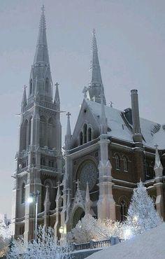 "John´s Church (Helsinki, Finland) Photo by Mikko Miettinen"" Church Architecture, Beautiful Architecture, Beautiful Buildings, Beautiful Places, Beautiful Life, Beautiful Pictures, Lappland, Places Around The World, Around The Worlds"
