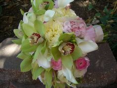 Stunning bouquet of peonies - def an idea for my wedding! LOVE peonies.