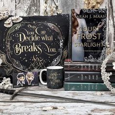 Did you see the #acourtoffrostandstarlight cover? I think it might be my favorite! I love it. Which of the #acotar book covers are your favorite? Gorgeous pillowcase is by @eviebookish and was in the latest @fairyloot The March anniversary boxes go up for purchase TOMORROW! Dont miss this box. Use FRIENDS5 to save. Mug is by @eviebookish of course. Adorable magnetic bookmarks are by @dreamyandco and were also in latest @fairyloot #sarahjmaas #acourtofthornsandroses #acourtofwingsandruin…