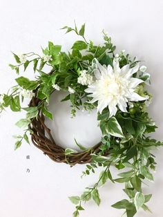 Summer Door Wreaths, Holiday Wreaths, Greenery Wreath, Floral Wreath, Small Flower Arrangements, Arte Floral, Floral Centerpieces, Dried Flowers, Party