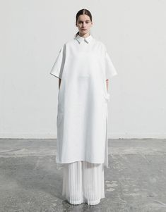 Muslim Fashion, Modest Fashion, Fashion Dresses, Minimal Fashion, White Fashion, Fashion Brand, Womens Fashion, Fashion Design, Modest Wear