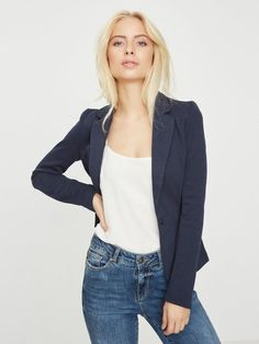Jersey blazer | VERO MODA Jumper Dress, Knit Dress, Vero Moda Blazer, Blazer Beige, Lulu Fashion, Teen Fashion, Fashion Models, Fresh Tops, Forever 21 Fashion